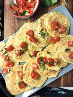 Αλμυρές τηγανίτες με κολοκύθι, χωρίς γλουτένη & χορτοφαγικές! – Gfhappy Vegetable Pizza, Vegetarian Recipes, Recipies, Tacos, Bread, Vegetables, Ethnic Recipes, Food, Chef Recipes