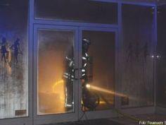 Kleiner Brand mit hohem Sachschaden http://www.feuerwehrleben.de/kleiner-brand-mit-hohem-sachschaden/ #feuerwehr #firefighter