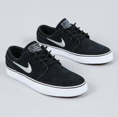 I have never owned or worn a pair of Nikes but I sure would purchase a pair of these