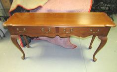 Thomasville oak hall table with cabriolle legs