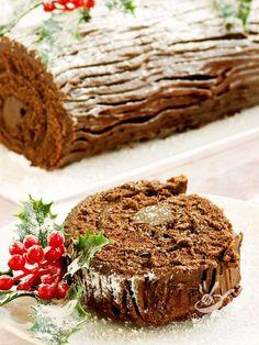 Il Tronchetto di Natale è un dolce della tradizione francese che si prepara per le Feste, e si ricorda tutto l'anno, per quanto è gustoso e scenografico!