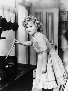 Photographic Print: Shirley Temple, the Little Colonel, 1935 : 24x18in