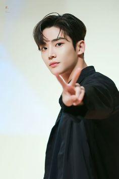 K Pop Boy Band, Boy Bands, Korean Men, Korean Actors, Park Bo Gum Hello Monster, Kim Ro Woon, Kim Young, Kim Myung Soo, Sf 9