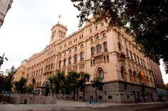 El Museo Naval de Madrid es una entidad de titularidad estatal, con categoría nacional, dependiente del Ministerio de Defensa con dependencia orgánica del Almirante Jefe del Estado Mayor de la Arma...