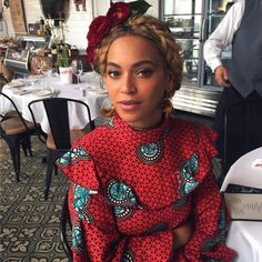 Is it just us or is Bey getting some hairspiration from Frida Kahlo?
