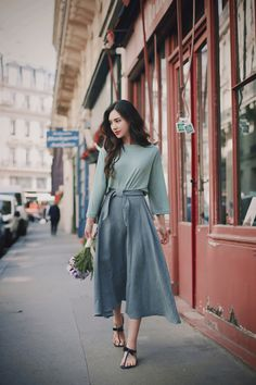 daily 2017 feminine& classy look Long Skirt Fashion, Modest Fashion, Fashion Pants, Unique Fashion, Fashion Outfits, Casual Day Outfits, Cool Outfits, Japanese Street Fashion, Korea Fashion