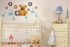 Leve o Ursinho Marinheiro para dentro da sua casa! Decore o quarto do seu bebê com este adesivo exclusivo, de contornos delicados, leveza de detalhes e traços únicos e explore a imaginação e a curiosidade do seu bebê logo nos seus primeiros anos de vida.