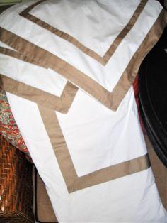 Restoration Hardware Italian Framed Queen Duvet Cover & 2 Pillow Shams Tan White #RestorationHardware #Contemporary