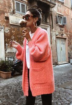 Los nuevos pendientes de aros que te convertirán en la mejor vestida con un solo gesto. Pendiente Clásico XL #tendencia #pendientes #inspiración #influencer