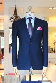 Buczynski Tailoring courtesy of the Style Tutors Sharp Dressed Man, Well Dressed Men, Mens Fashion Suits, Mens Suits, Mode Chic, Suit And Tie, Gentleman Style, Work Attire, Bleu Marine