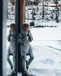 "27.2 tisuća oznaka ""sviđa mi se"", 216 komentara – Jacqueline Mikuta (@mikutas) na Instagramu: ""Grey  All about coziness the next days (and some skiing) ❄ #mikutatravels #zherohotelischgl…"""