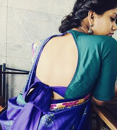 2. Blouse Back Neck With Bow For Silk Saree