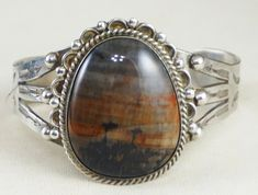 Navajo Hand-Carved /'Flying Eagle/'  Navajo Sterling Silver and 12K Gold Ring-Hallmarked /'S Ray/'