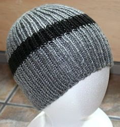 Pattern: My Own Yarn: Caron Simply Soft (100% Acrylic) Needles: US7 This was a pretty quick knit. I really want to call it the NJ Partial Continental Hat but, while it's pretty descriptive, i…