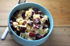 Mac n' Cheese with a twist! Goat cheese, gouda, and roasted beets. Yum!
