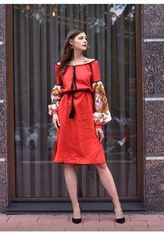 Платье до колен с ручной вышивкой ПЛ-770376