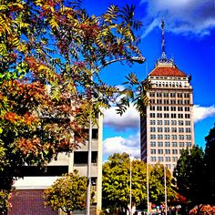 Beautiful blue skies in downtown #Fresno. Check the Fresno air quality index: it is in the GOOD range now in 2014, if you don't believe me, check it yourself.