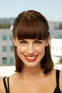 Jessica Lowndes- personally, i loved her hair short like this rather than long. 90210