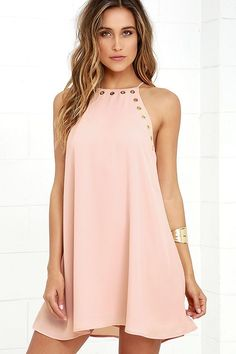The grommet trend is here to stay thanks to the Amara Blush Swing Dress! This sleeveless, woven dress has a strappy halter neckline, and wide arm openings trimmed in gold grommets. Classic swing silhouette ends at a flirty hem. Junior Dresses, Cute Dresses, Beautiful Dresses, Casual Dresses, Short Dresses, Cute Outfits, Summer Dresses, Pink Dresses, Party Dresses