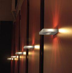 Treppenbeleuchtung und viele andere Leuchten sowie LED Leuchten günstig online bei Lampenonline kaufen.
