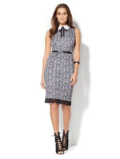 Shop Collared Sleeveless Sheath Dress - Floral . Find your perfect size online at the best price at New York & Company.