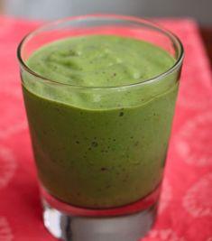 Strawberry Avocado Smoothie | TheCornerKitchenBlog.com #vegan #avocado