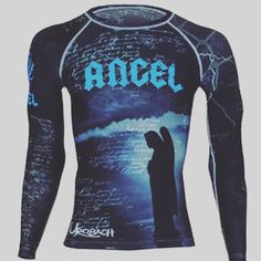 Look the business in Urobach's Cassiel long sleeve rashy. Take a look at www.Urobach.com #mma #grappling #grapplingrashguard #mmarashy #mmarashguard #mmarashguards