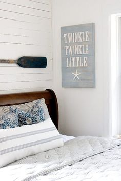 40 Awesome Beach Coastal Style Bedroom Decor Ideas - Page 8 of 40 Home Beach, Beach House Decor, Home Decor, Beach Bed, Coastal Style, Coastal Decor, Coastal Living, Bedroom Decor, Wall Decor
