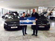 Preisübergabe für die Gewinnerin der Siegerente beim diesjährigen Chemnitzer Entenrennen! Wir wünschen ein entspanntes Erholungswochenende!