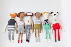 Animaletti e bambole di pezza fai da te sono giochi semplici e creativi per i bambini ma possono diventare anche utili accessori per la casa. Ecco le idee più belle!