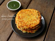 aloo cheela recipe, aloo ka cheela or aloo chilla, potato pan cake with step by step photo/video. healthy kids snacks recipe or indian and spiced version of potato hashbrown recipe. cheela recipe are typically served for breakfast which provides the neces Healthy Bedtime Snacks, Healthy Protein Snacks, Healthy Meals For Two, Healthy Snacks For Kids, Healthy Breakfasts, Healthy Cookies, Eat Healthy, Potato Snacks, Potato Pancakes