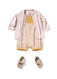 If I had a baby....she'd be wearing this!