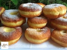 Érdekel a receptje? Cake Recipes, Dessert Recipes, Hungarian Recipes, Beignets, Bagel, Doughnut, Donuts, Food Photography, Food And Drink