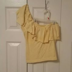 One shoulder top Hand-made one shoulder top is cute with a pair od skinny jeans and heals. Tops Tank Tops
