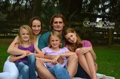 #family #countrylife #familyphotography #risingsunphotography