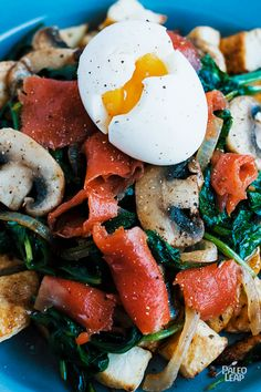 Smoked salmon is the star of this baked potato and wilted spinach breakfast plate. Add an egg to your meal and you will be running at full strength all day! Spicy Shrimp Recipes, Fish Recipes, Paleo Recipes, Egg Recipes, Paleo Meals, Breakfast Plate, Paleo Breakfast, Breakfast Recipes, Breakfast Ideas