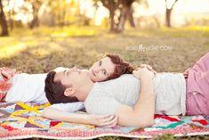 14 san antonio tx blanket picnic engagement photos