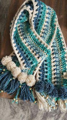 Ideas crochet patterns hats pom poms Ideas crochet patterns hats pom poms You are in the right place about Crochet clothes Here. Crochet Motifs, Crochet Blanket Patterns, Crochet Patterns For Beginners, Crochet Lace, Crochet Hooks, Hat Patterns, Crochet Shawls And Wraps, Crochet Scarves, Crochet Clothes