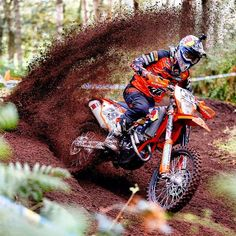 ktm dirt bikes enduro - ktm dirt bikes - ktm dirt bikes motocross - ktm dirt bikes off road - ktm dirt bikes enduro - ktm dirt bikes wallpaper - ktm dirt bikes accessories - ktm dirt bikes decals - ktm dirt bikes kids Suzuki Dirt Bikes, Honda Dirt Bike, Dirt Bike Helmets, Dirt Bike Gear, Dirt Biking, Motocross Ktm, Dirt Bike Wedding, Dirt Bike Party, Fille Et Dirt Bike