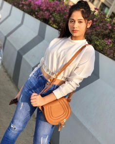 Jannat Zubair Rahmani is Indian One Of Cutest Actress and Tiktok Star Now. Jannat Zubair Rahmani Images Are So Cute And At Same Time Hot. Work Fashion, Fashion Advice, Women's Fashion, Fashion Ideas, Indian Fashion, School Fashion, Teen Celebrities, Celebs, Stylish Girl Images