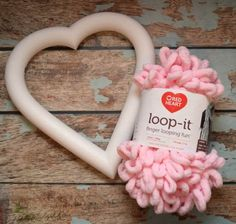 Let& Make a Loop Yarn Valentine Wreath Do you decorate for Valentine's Day? I love to add a holiday touch here and there, and a wreath is the perfect way to do that. Come see how to make this easy Loop Yarn Valentine Wreath! Valentine Day Wreaths, Valentines Day Decorations, Valentine Day Crafts, Holiday Wreaths, Valentine Tree, Winter Wreaths, Spring Wreaths, Valentine Ideas, Summer Wreath