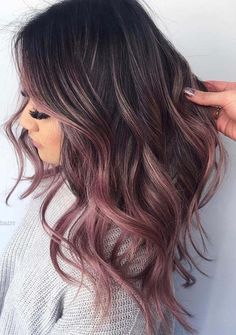 Dec 2018 - See here the surprising shades and highlights of rose gold hair colors for women to make their hair looks like more amazing and cute. Apply this beautiful looking rose gold hair color if you really want to get obsessed hair styles right now. Brown Ombre Hair, Brown Hair With Highlights, Hair Color Highlights, Blonde Ombre, Burgundy Hair, Brown Hair Ombre Pink, Rose Gold Ombre, Black Hair, Red Ombre Hair Color
