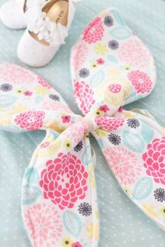 DIY How to Make Butterfly Wings for a little girl. Great for Easter or Halloween or playtime
