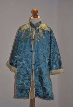 Antique/Vintage Oriental Silk Jacket- Fur Lining & SilverColoured Carved Buttons