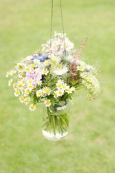 Claire Pettibone Elegance for a Wildflower Wedding / http://www.deerpearlflowers.com/chamomile-daisies-wedding-ideas/