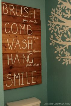 Rustic Pallet Art in a Kid's Bathroom {semi-tutorial} || Delighting in Today