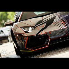 Glorious, Clean Lamborghini Aventador. Groovy!