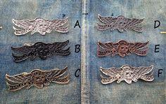 Harley Davidson Pins Harley Davidson Chopper, Sport Bikes, Tank Top Shirt, Vintage 70s, Biker, Skull, Decals, Charms, Patches