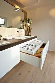 Small Space Ideas Modern bathroom storage solution by Helm Design by Ihr Schreinermeister GmbH
