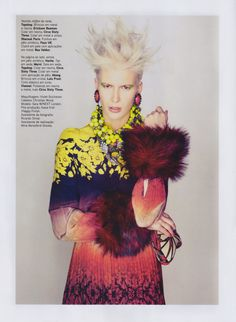 The Lady is a Tramp - Photographer Toby Knott and stylist Lucinda Chambers team up for this editorial in Vogue Portugal's September issue.